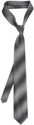 Van Heusen Men's Tie Right Patterned Pre-Tied Tie