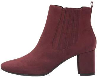 Kenneth Cole Reaction Microsuede Bootie