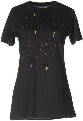 ETNIES T-shirts $34 thestylecure.com