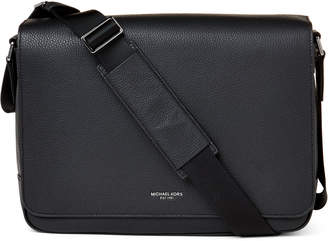 504b716958727 Michael Kors Black Men s shoulder bags - ShopStyle