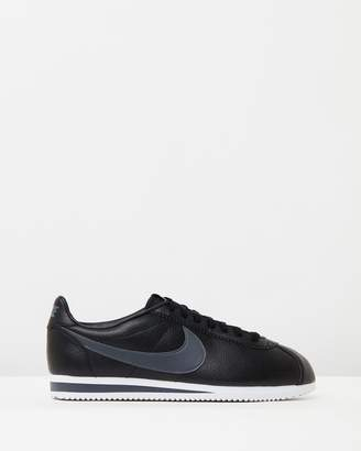 Nike Classic Cortez Leather Shoes - Men's
