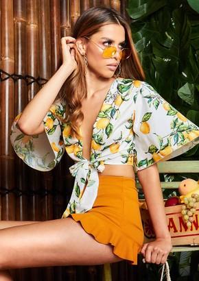 08c649267e631 at Missy Empire · Missy Empire Missyempire Eliana White Lemon Print Tie  Front Bat Wing Crop Top
