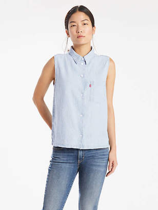 Levi's Sleeveless Sidney Button Back Shirt