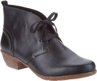 Clarks Artisan Leather Lace-up Ankle Boots - Wilrose Sage