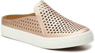 Restricted Vina Youth Slip-On Sneaker - Girl's