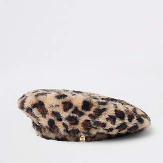 River Island Brown leopard print fluffy beret