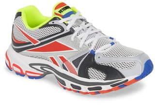 Vetements x Reebok Spike Runner 200 Sneaker