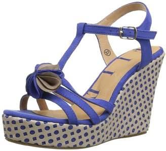Elle Women's Sevres Fashion Sandals Blue Size: 3