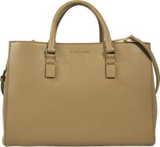 Hugo Boss Staple medium tote bag $800 thestylecure.com
