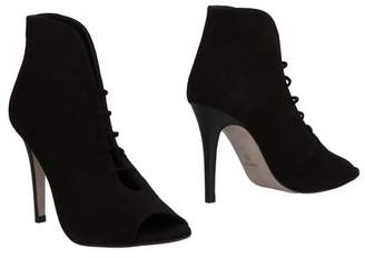 Magrit Ankle boots