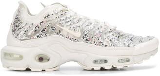 Nike Plus sneakers