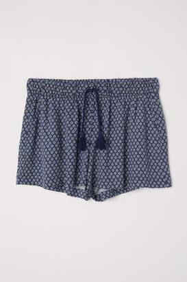 H&M Patterned Shorts - Blue