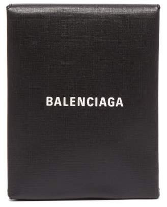Balenciaga Logo Print Leather Clutch - Womens - Black