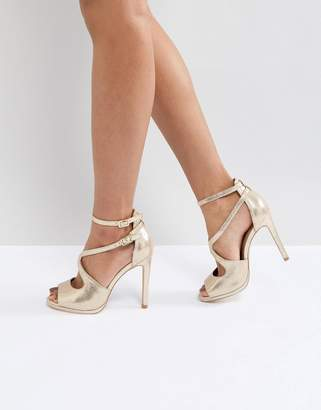 New Look Metallic Asymmetric Sandal