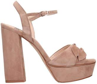 Bibi Lou Plateau Taupe Suede Sandals