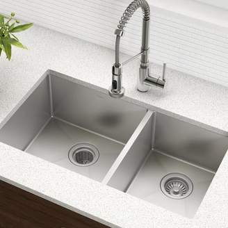 Kraus 33 x 19 Double Basin Undermount Kitchen Sink with Drain Assembly