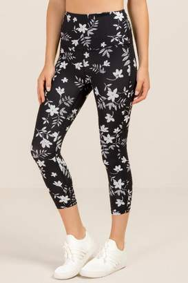 francesca's Gracen Tropical Floral Legging - Black