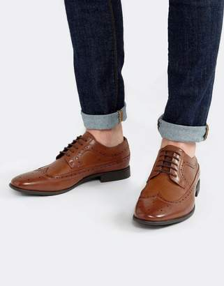 Asos (エイソス) - ASOS DESIGN brogue shoes in tan faux leather