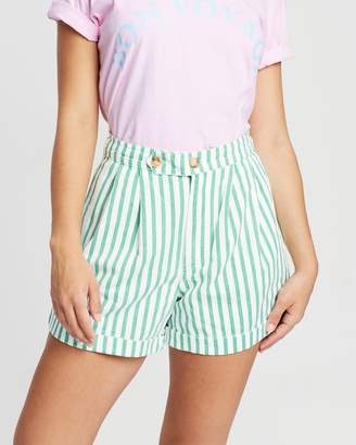Lodge Pleated Shorts