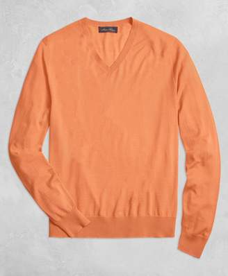 Brooks Brothers Golden Fleece 3-D Knit Fine Gauge V-Neck Sweater