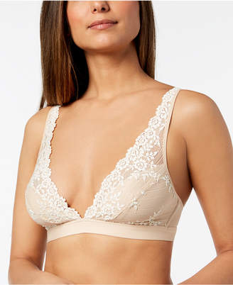 Wacoal Embrace Lace Soft Cup Wireless Bra 852191