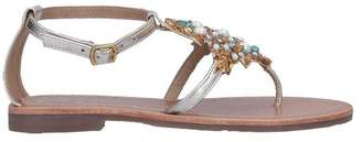 DIVINE FOLLIE Toe post sandal