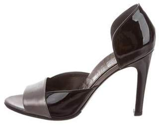 Gucci Patent Leather D'Orsay Pumps Black Patent Leather D'Orsay Pumps
