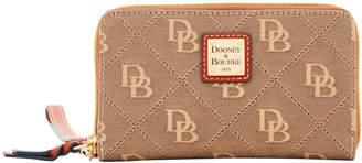 Dooney & Bourke Maxi Quilt Zip Around Phone Wristlet