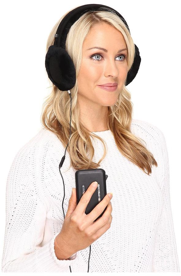 UGGUGG Classic Earmuff with Speaker Technology