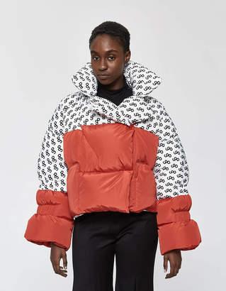 Saks Potts Star Puffer Jacket in White / Red