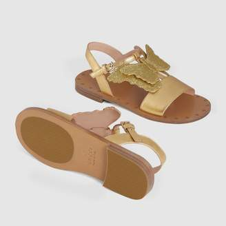 Gucci Children's leather sandal with butterfly