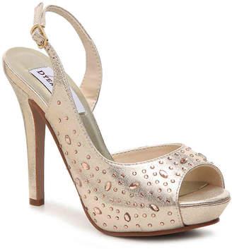 Dyeables Skylar Sandal - Women's