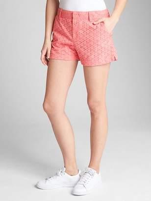 "3"" City Shorts in Eyelet"