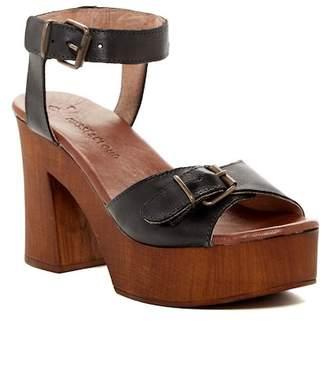 Musse & Cloud Nolea Chunky Platform Sandal