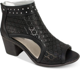 Seven Dials Belanna Perforated Dress Sandals Women's Shoes