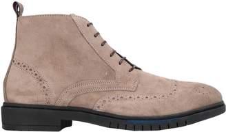 51973eb302fa Tommy Hilfiger Boots For Men - ShopStyle Australia