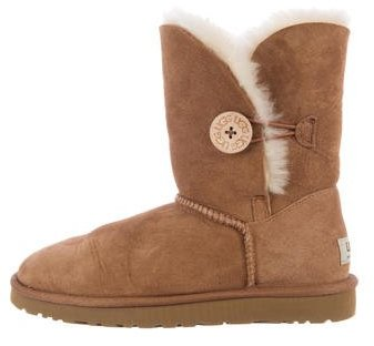 UGG UGG Australia Bailey Button Shearling Boots