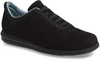 David Tate Dynamic Slip-On Sneaker