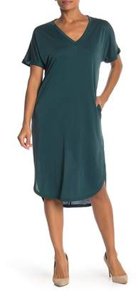 Lush Solid T-Shirt Dress