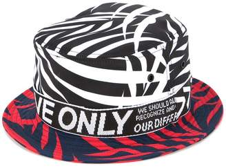 Ports V colour block leaf print hat
