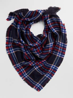 Gap Cozy Plaid Fringe Scarf