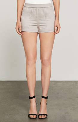 BCBGMAXAZRIA Larsen Patch-Pocket Utility Short