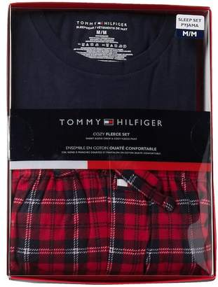 Tommy Hilfiger Cozy Fleece Set