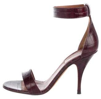 Givenchy Embossed Leather Round-Toe Pumps