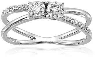 Women's 10k Gold Double Circle Cluster Split Shank Diamond Promise Ring (1/10 cttw