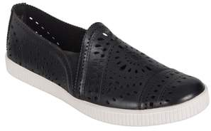 Earth R) Tayberry Perforated Slip-On Sneaker