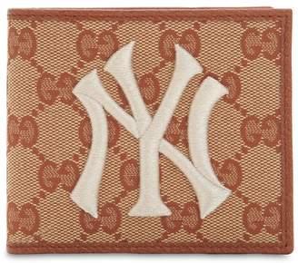 Gucci New York Gg Supreme Logo Wallet