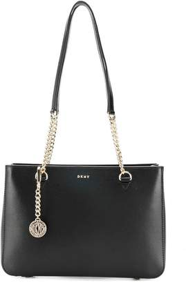 At Farfetch Donna Karan Chain Strap Shoulder Bag