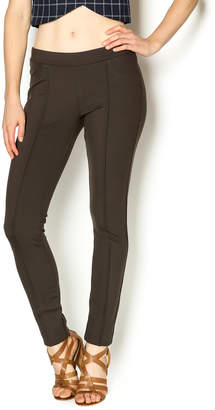 KUT from the Kloth Chocolate Ponte Trouser