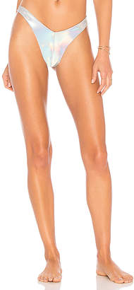 Sauvage High Leg Scoop Bottom